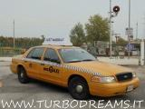 FORD Crown Victoria NEW YORK CITY TAXI YELLOW CAB 4.7 V8 AUTO