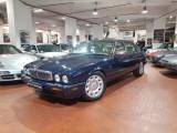 JAGUAR Daimler 4.0 LWB SUPER V8