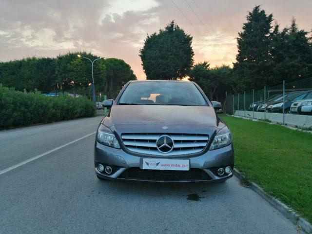 MERCEDES-BENZ B 180 CDI Chrome RedAuto